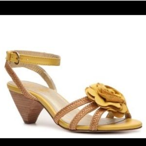 NEW Anthropologie Brand Seychelles Flower Sandal